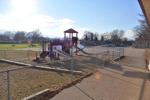 Highview gated playground